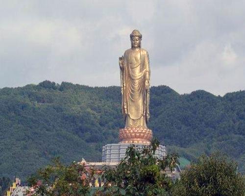 чудо Буддизма –Храм Весны