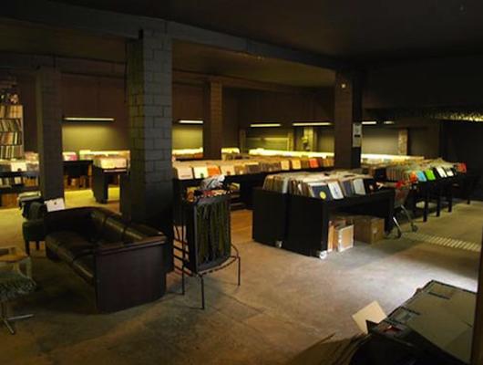 музыкальный магазин Spacehall