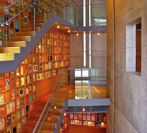 Coolest-Libraries-Picture-Book-Library