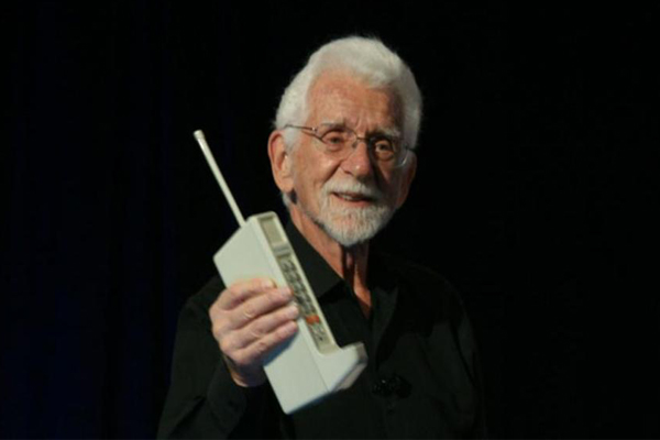 Мартин Купер (история создания мобильного телефона)