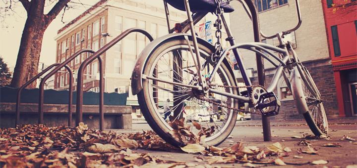 Удобная велосипедная парковка в Амстердаме