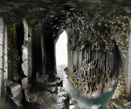 Фингалова пещера