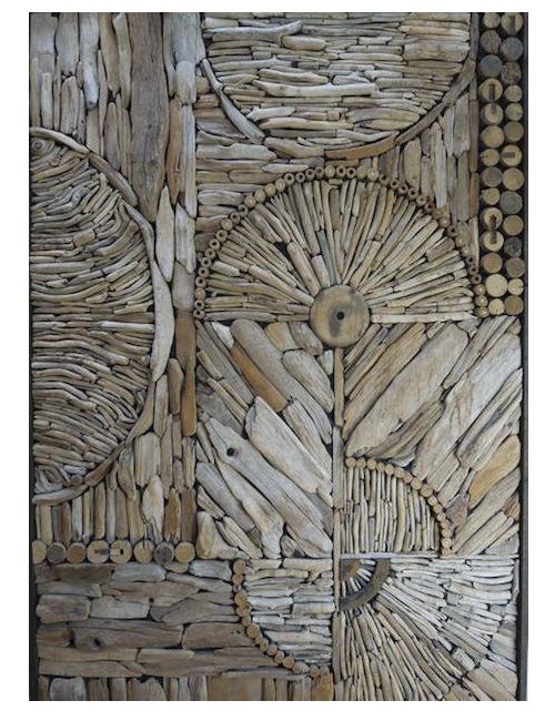 картина из деревянных коряг