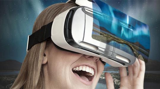 шлем виртуальной реальности Samsung Gear Vr