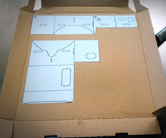 Картон из под пиццы для очков виртуальной реальности