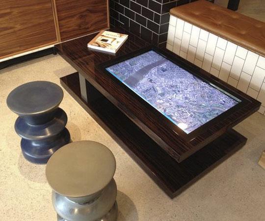 интерактивный кофейный столик