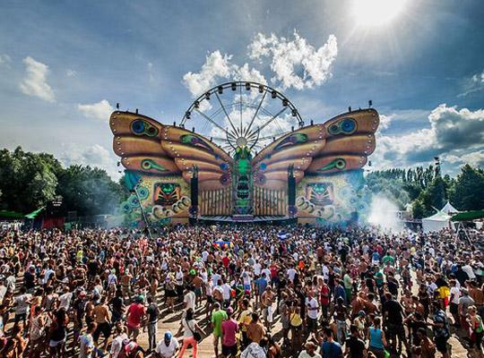 Фестиваль электронной музыки Tomorrowland в Бельгии