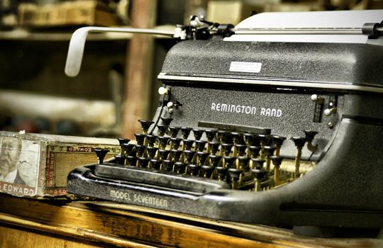 печатная машинка Remington Rand