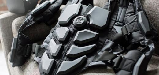 Тактильный костюм виртуальной реальности HardLight