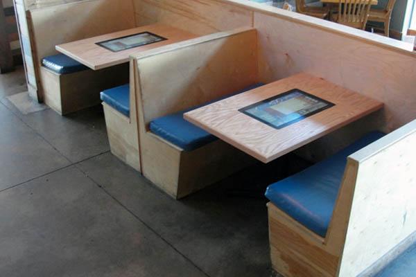 интерактивные сенсорные столы для кафе