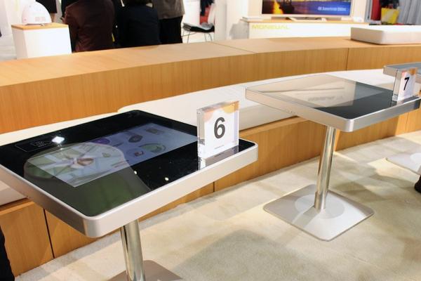сенсорные столы для кафе