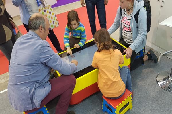 интерактивные сенсорные столы для детей