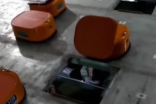 робот сортировщик в Китае