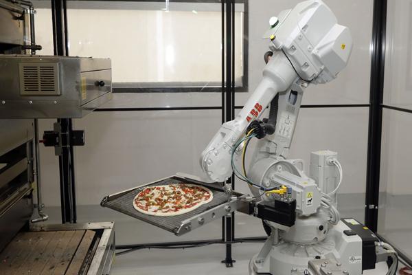 Робот по производству пиццы Zume Pizza