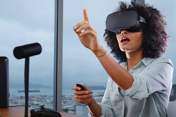 VR шлем от Xiaomi и Facebook Oculus