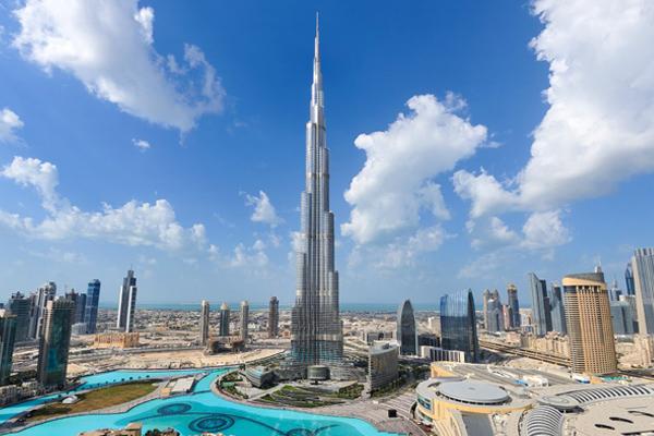 Самый высокий небоскреб Бурдж-Халифа