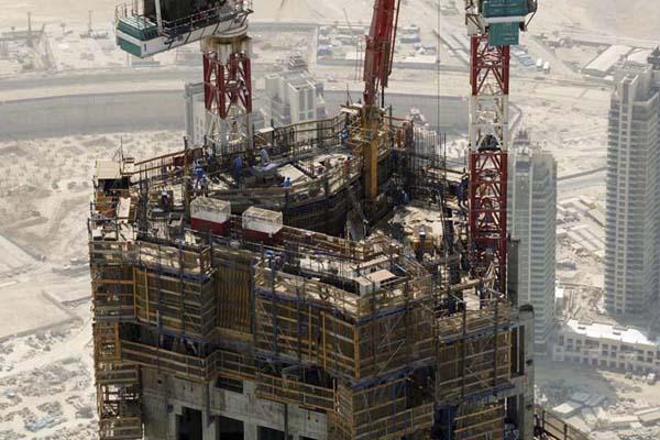строительство самого высокого небоскреба в мире - Бурдж-Халифа