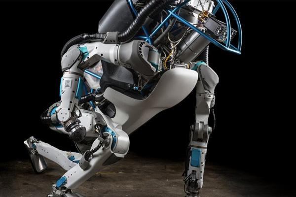 искусственный интеллект наступает на пятки