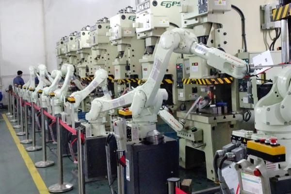 Промышленные роботы - статистика мировой плотности