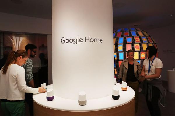 колонка Google Home