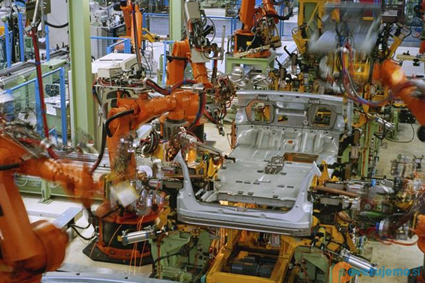 робот манипулятор в машиностроение