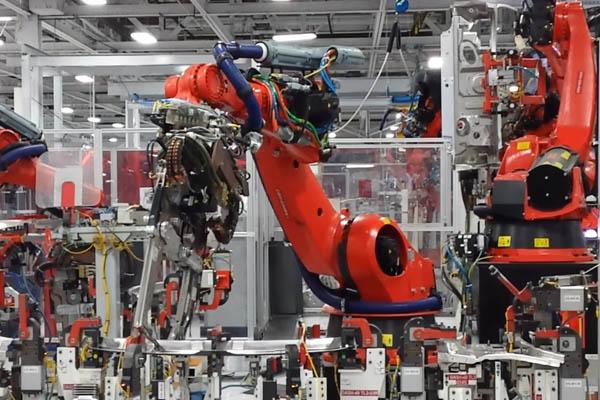 Социальные проблемы развития робототехники