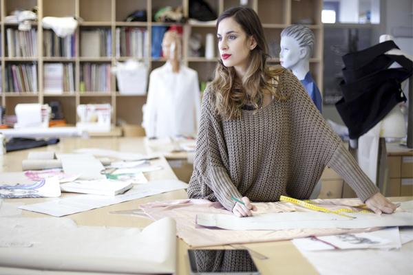 творческая работа - дизайнер одежды