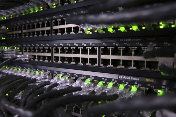 Где хранится информация в интернете
