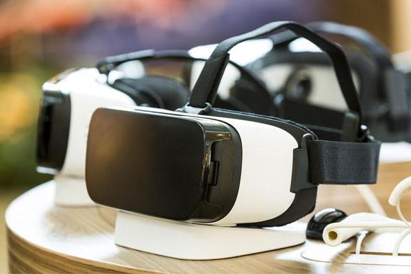 Разработки для погружения в виртуальную реальность