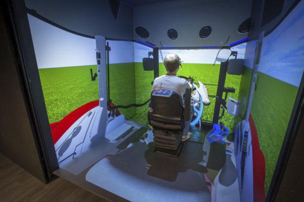 погружения в виртуальную реальность - CAVE