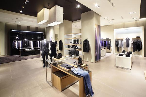 139a04ec652 Топ самых дорогих брендов одежды в мире — Mentamore