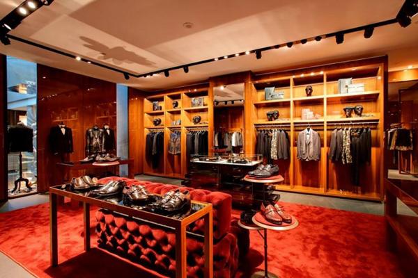 Самые дорогие бренды одежды в мире versace Dolce and Gabbana