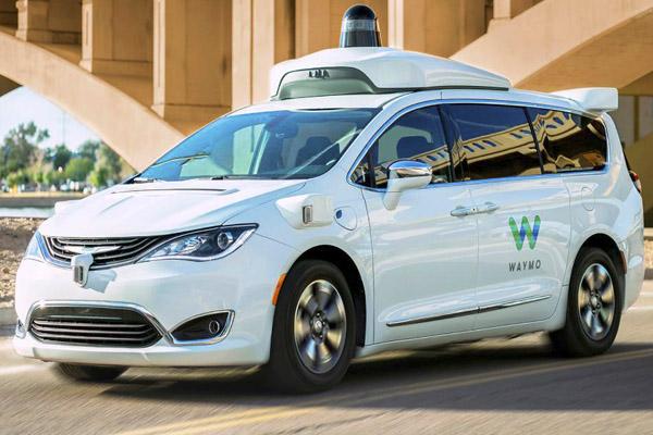 тестирование беспилотного автомобиля Google