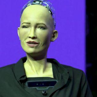 Робот София: первый человекоподобный робот с гражданством