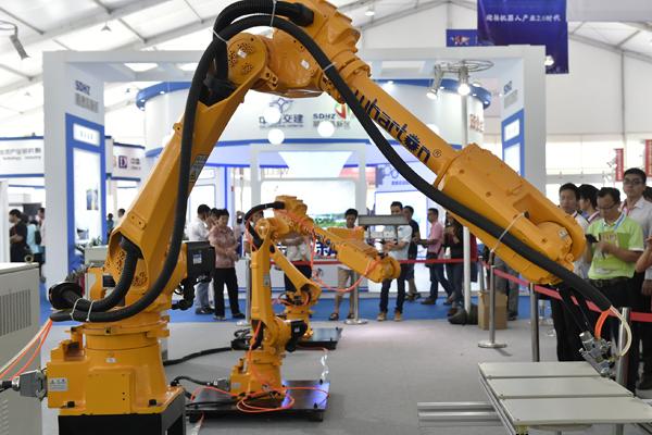 промышленные роботы Китай