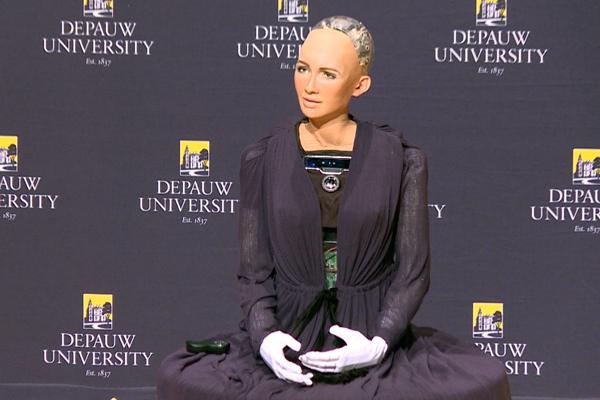 Робот София и человечество