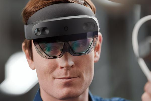 HoloLens 2 очки виртуальной реальности