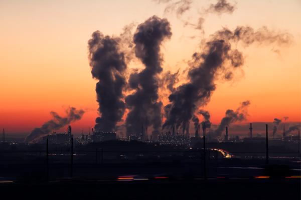 загрязнение промышленностью - экологические проблемы