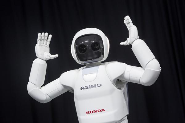 история робототехники - робот ASIMO Honda
