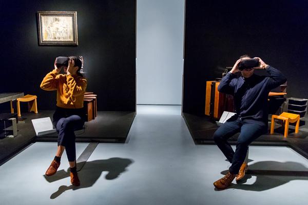 преимущества онлайн-выставок в очках виртуальной реальности