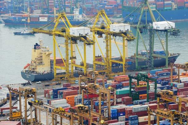 самый большой порт в Сингапуре