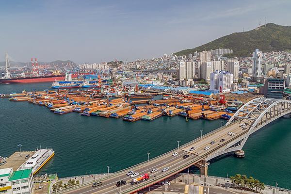 самый большой порт в мире - Порт Пусан