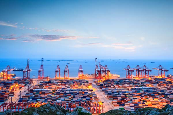 самый большой порт в Шанхае