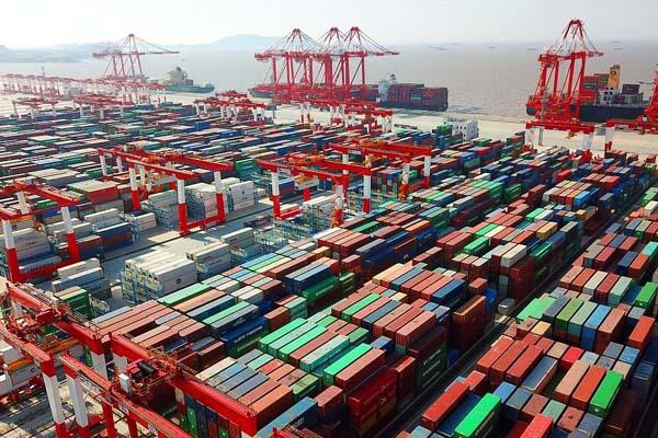самый большой порт в мире - Шанхайский порт