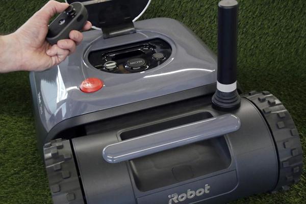 управление автоматической газонокосилкой iRobot Terra