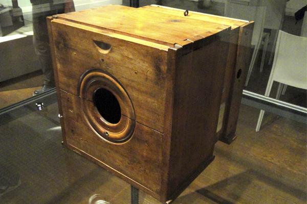 история создания фотоаппарата - изобретатель Жозеф Нисефор Ньепс