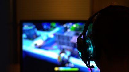 ТОП-10 популярных онлайн-игр: от шутера до MMORPG