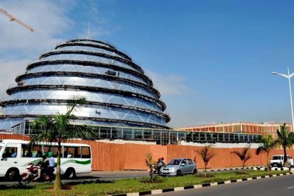 Кигали, Руанда - высокая урбанизация города