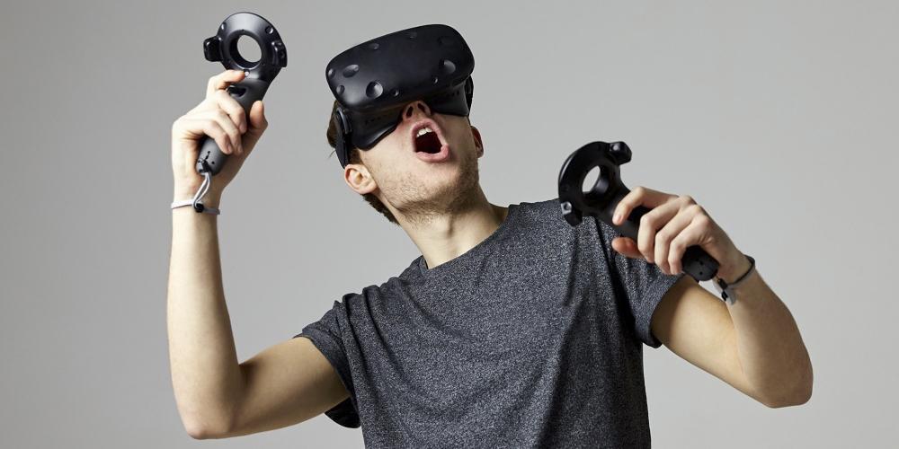 Очки виртуальной реальности с 2 пультами