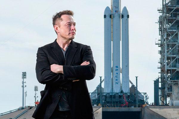 Компания Илона Маска - Space X